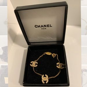 Vintage Chanel CC Logo Gold Rhinestone bracelet
